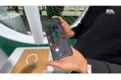 "MWC上海 OPPO卷轴屏手机""大秀肌肉"""
