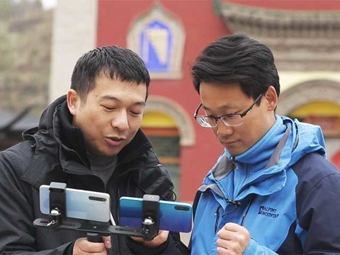 千元机高海拔照相比照