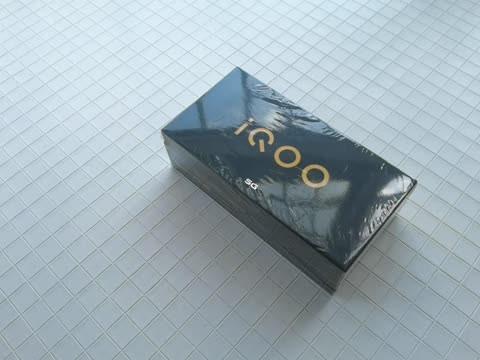 iQOO Z1x开箱体验,120Hz+5000毫安时+液冷散热+33W闪充